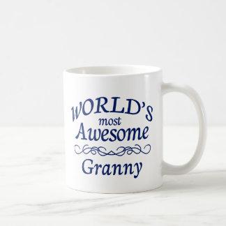 La abuelita más impresionante del mundo taza clásica