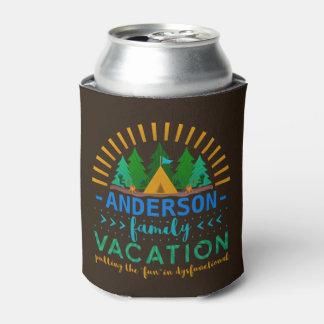 La acampada el | divertido de las vacaciones de enfriador de latas