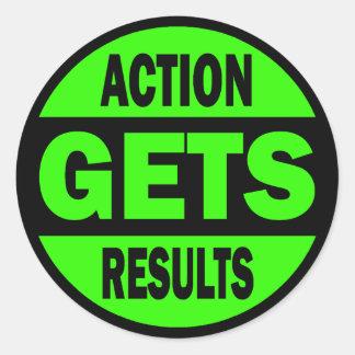 La acción consigue resultados pegatina redonda
