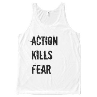 La acción mata a las camisetas sin mangas del
