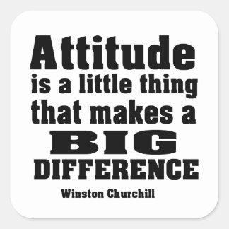 La actitud diferencia grande pegatina cuadrada