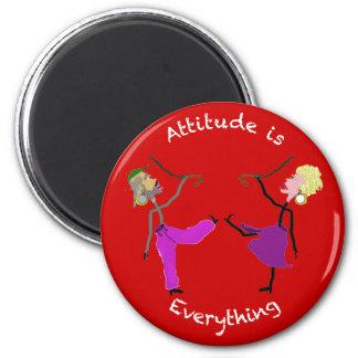 La actitud es Todo-Bailarines con los bastones Imán Redondo 5 Cm