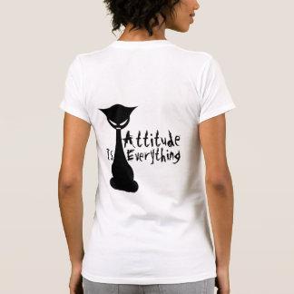 ¡La actitud es todo! Gato gótico - la camisa de la