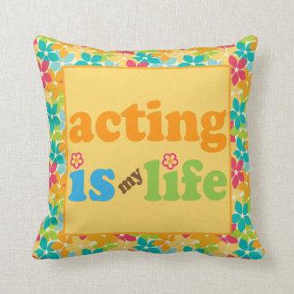 La actuación es mi regalo lindo de la almohada de