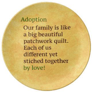 La adopción es un remiendo platos de cerámica