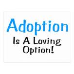 La adopción es una opción cariñosa (azul) postal
