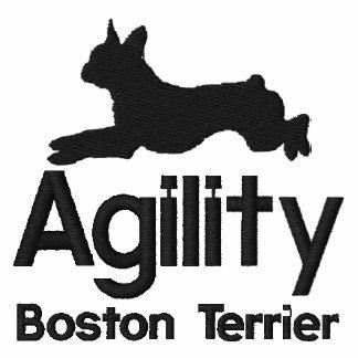 La agilidad Boston Terrier bordó la camisa