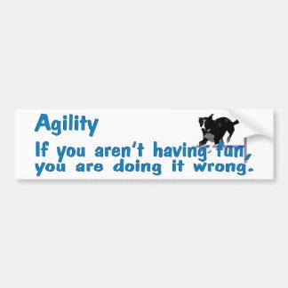 La agilidad se divierte etiqueta de parachoque