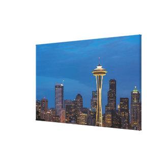 La aguja del espacio y la Seattle céntrica Impresion De Lienzo