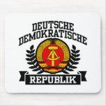 La Alemania Oriental Tapetes De Ratones