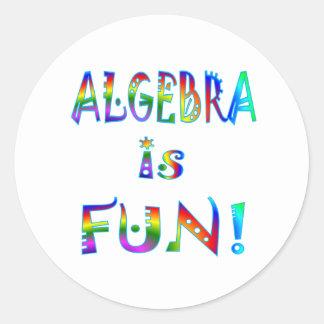 La álgebra es diversión pegatina redonda