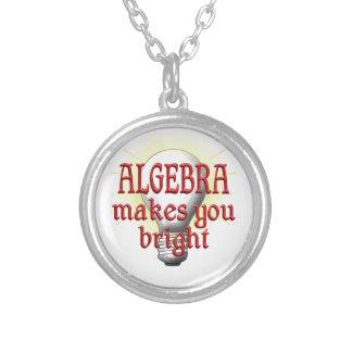 La álgebra le hace brillante colgante redondo