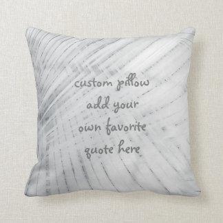 la almohada de encargo añade su propio diseño gris