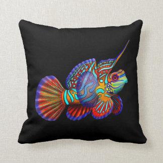 La almohada de los pescados de Dragonet del gobio
