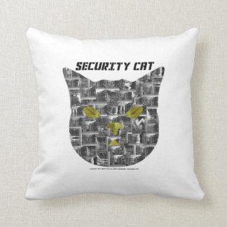 La almohada del gato de la seguridad de Diane refl