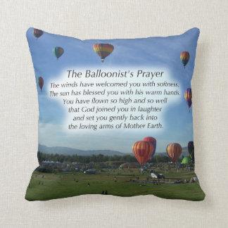La almohada del rezo del Balloonist Cojín Decorativo