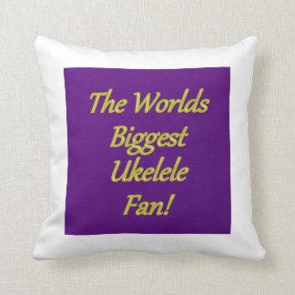 La almohada más grande de la fan de Ukelele de los