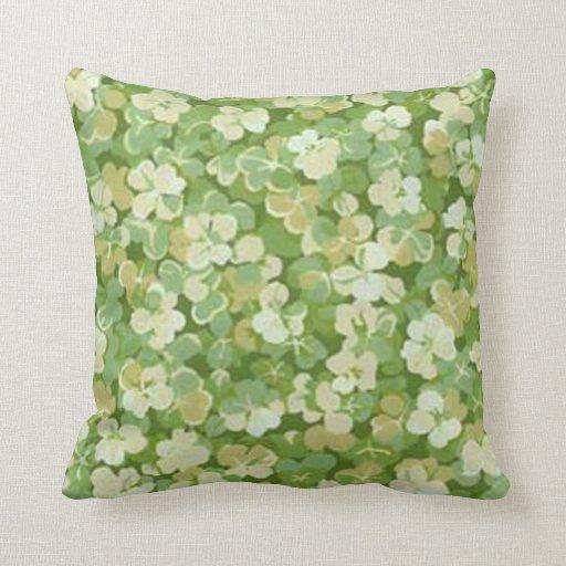 La almohada verde del reversible del jardín
