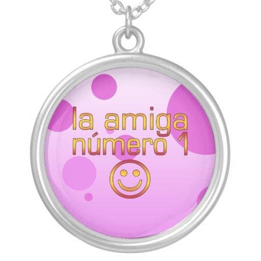 La Amiga Número 1 en los colores españoles de la b Collares
