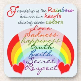 La amistad es el arco iris BFF que dice diseño Posavasos De Bebida