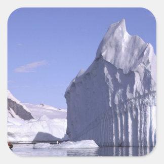 La Antártida, península antártica. Zodiak y Pegatinas Cuadradases