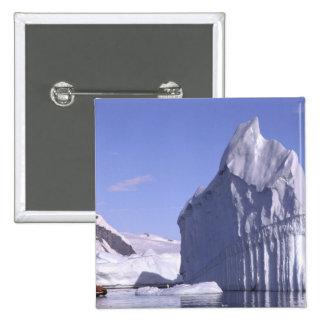La Antártida, península antártica. Zodiak y Pin Cuadrado