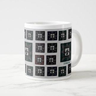 La antigüedad tejó la flor de lis (el trullo) taza de café grande