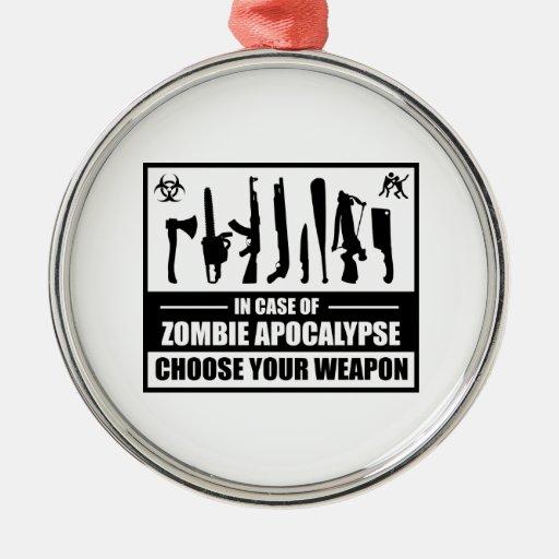 La apocalipsis del zombi elige su arma adorno redondo plateado