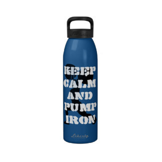 la aptitud guarda calma y bombea el hierro botella de agua