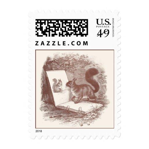 La ardilla admira el bosquejo del uno mismo envio