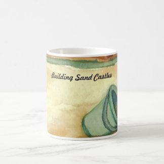La arena del edificio se escuda el arte y el taza clásica