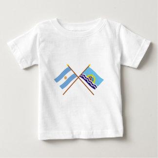 La Argentina y banderas cruzadas Santa Cruz T-shirts