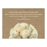 La arpillera inspiró los rosas blancos que casaban invitación 12,7 x 17,8 cm