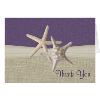 La arpillera y las estrellas de mar de la playa le felicitación