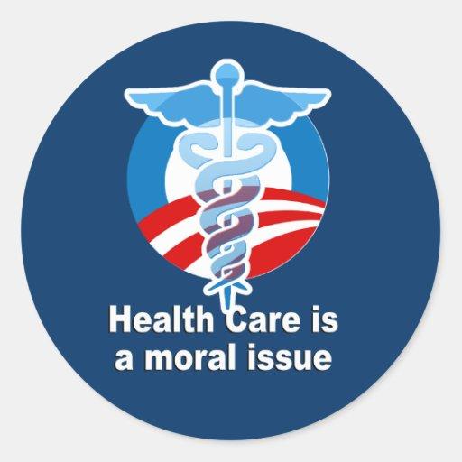 La atención sanitaria es un problema moral pegatina redonda