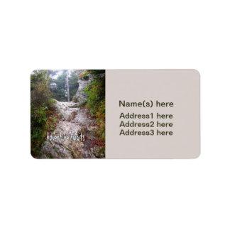 La aventura aguarda apenas sobre el rastro etiqueta de dirección
