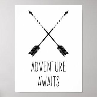 La aventura aguarda inspirado póster