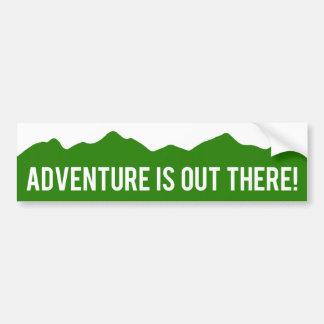 ¡La aventura está hacia fuera allí! Pegatina para  Pegatina De Parachoque