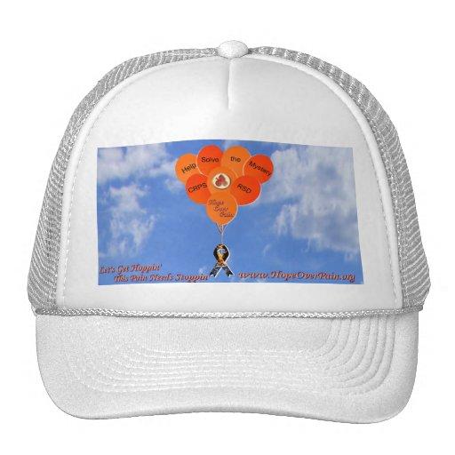 La ayuda del cielo azul soluciona los globos del m gorro de camionero