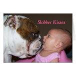La baba besa la tarjeta del día de San Valentín