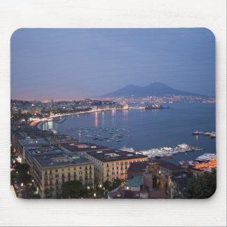 La bahía de Nápoles por la noche Mousepad