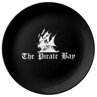 La bahía del pirata platos de cerámica