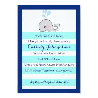 """La ballena del bebé poco arroja a chorros la invitación 5"""" x 7"""""""