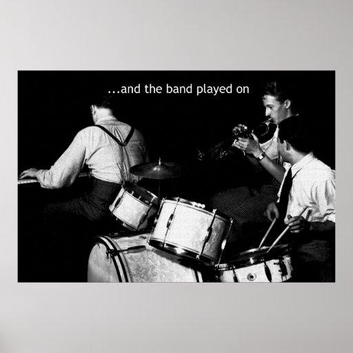 La banda jugó en 36 x 24 posters