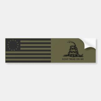 La bandera 1776 de Betsy Ross/NO PISA EN MÍ Gadsde Etiqueta De Parachoque