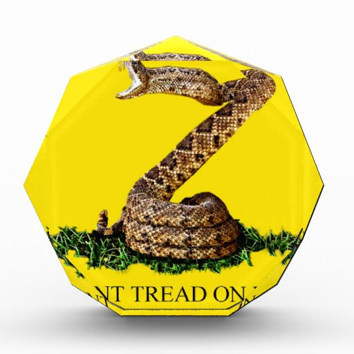 La bandera 2013 de Gadsden - no pise en mí (el cua