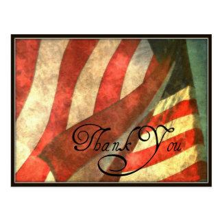 La bandera americana del día de veteranos le agrad postales