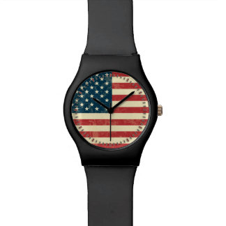 La bandera americana envejecida se descoloró reloj de mano