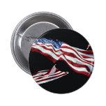 La bandera americana - soplada en el viento pin