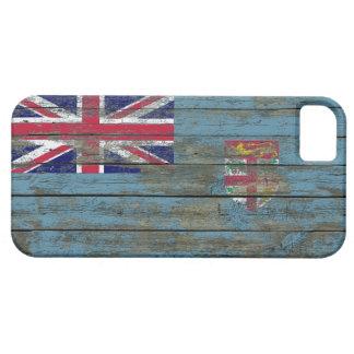 La bandera de Fiji en la madera áspera sube a Funda Para iPhone 5 Barely There